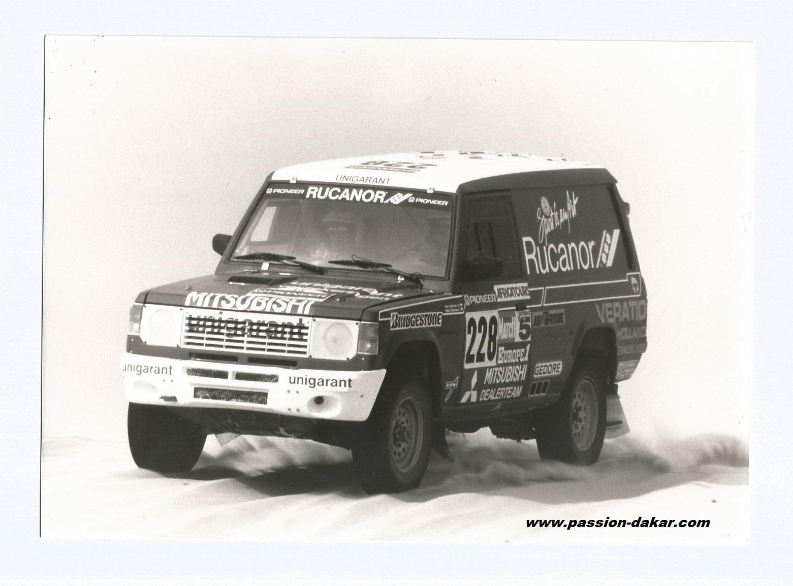 Mitsubishi dakar 2003 for Mitsubishi motors near me